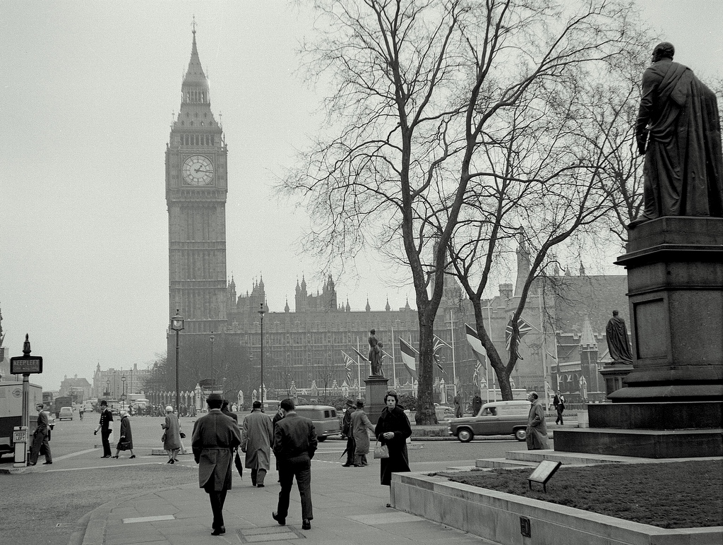 Londres      London-westminster-big-ben-april-1960